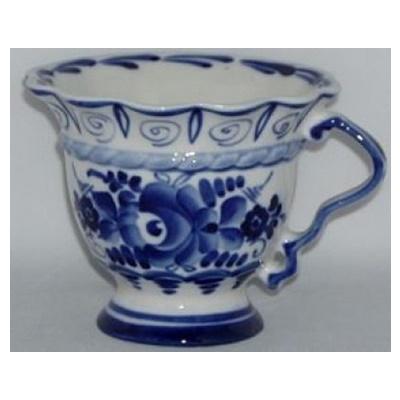 Фарфоровая чашка с гжельской росписью