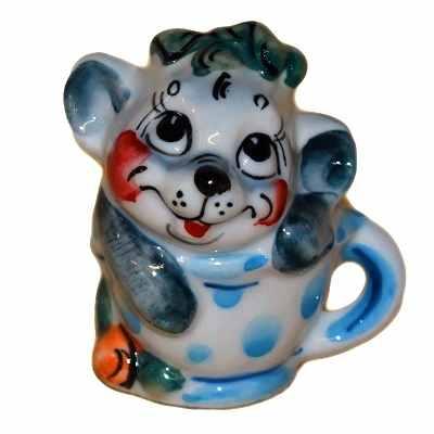 Фигурка мышь в чашке