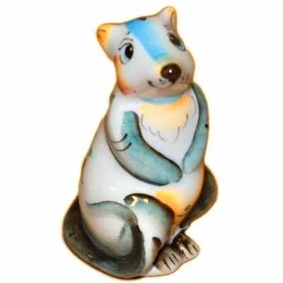 Фигурка крысы из фарфора