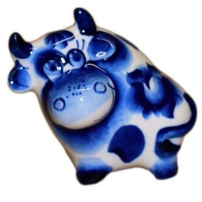 Фигурка быка с гжельской росписью