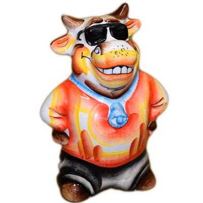 Цветной фарфоровый бык в очках