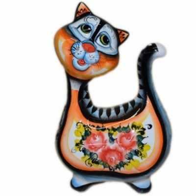 Фигурка кошки из фарфора